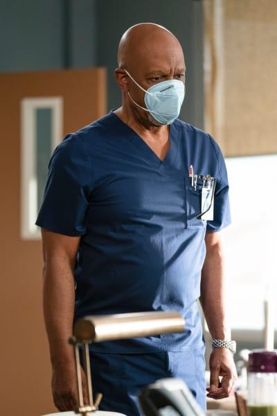 All Masked Up - Grey's Anatomy Season 17 Episode 8