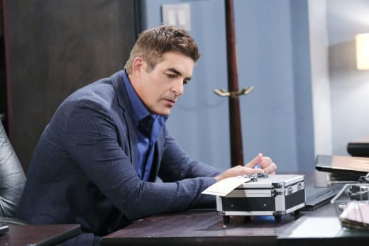 A New Murder Suspect - Days of Our Lives