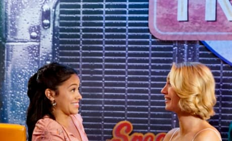 Grind It Out - Jane the Virgin Season 5 Episode 6