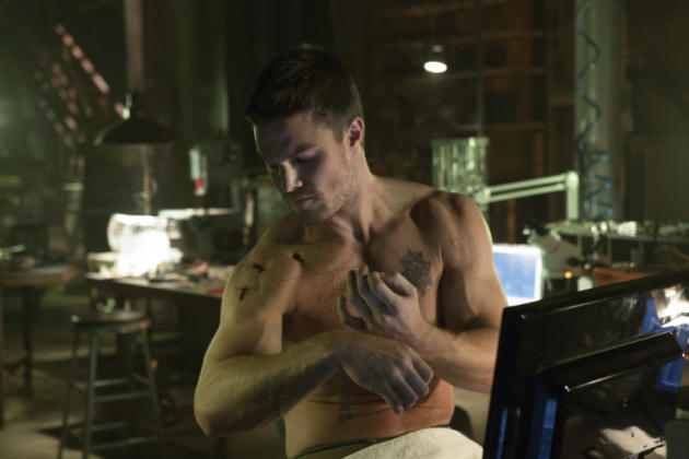 Oliver Queen Shirtless