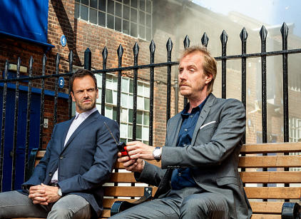 Watch Elementary Season 2 Episode 1 Online
