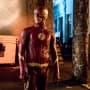 Still Loving That Suit - The Flash Season 4 Episode 4