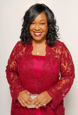 Shonda Rhimes Discusses Season 3 Finale