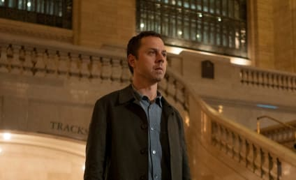 Sneaky Pete Season 3 Review: The Long Con