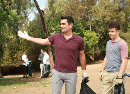 Watch Modern Family Season 7 Episode 5 Online
