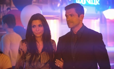 The Power Couple - Riverdale Season 2 Episode 2