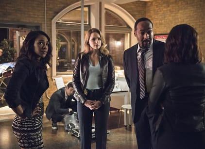 Watch The Flash Season 2 Episode 5 Online