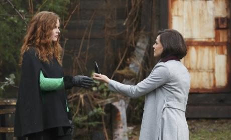 Regina to the Rescue? - Once Upon a Time Season 6 Episode 18