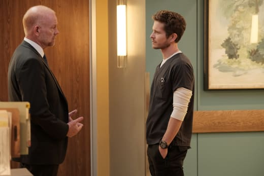 Emotionally Distant - The Resident Season 1 Episode 6