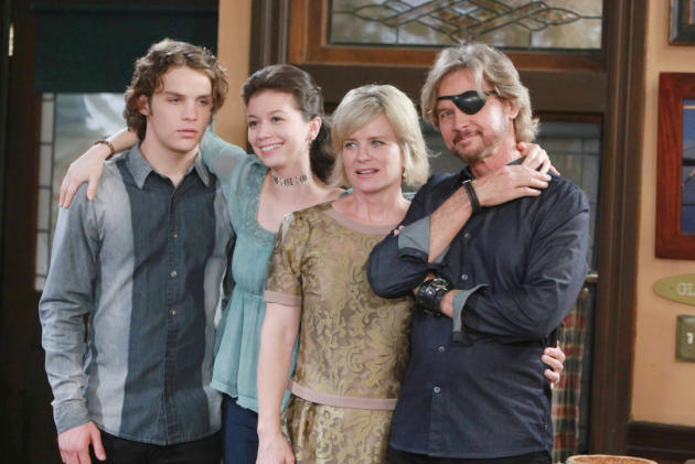 The Brady Thanksgiving - Days of Our Lives
