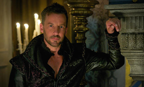 Lord Narcisse - Reign Season 3 Episode 1