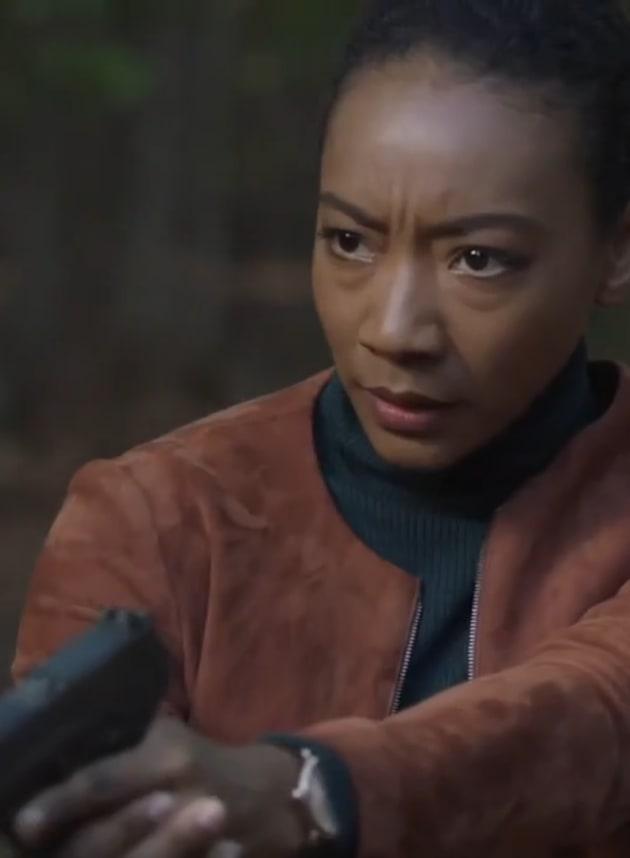Naya's Got a Gun - Counterpart Season 2 Episode 10