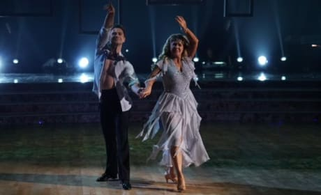 Tonya Harding's Tribute To Her Dad - Dancing With the Stars: Athletes Season 26 Episode 3