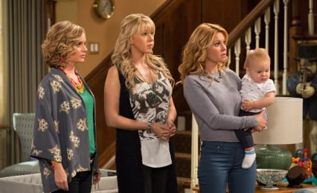 Fuller House: First Look Photos!