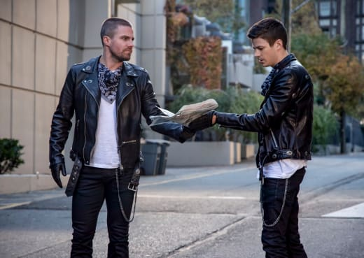 Twinsies! - Arrow Season 7 Episode 9