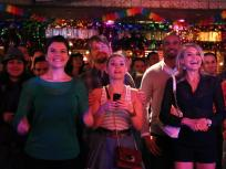 Happy Endings Season 3 Episode 19