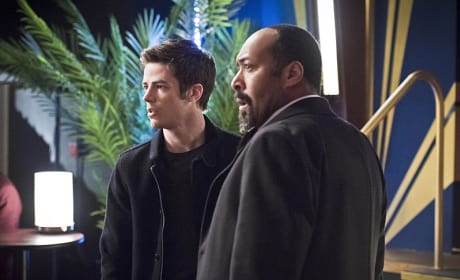Uh Oh... - The Flash Season 1 Episode 16