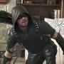 Crouching - Arrow Season 4 Episode 22