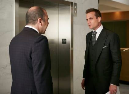 Watch Suits Season 5 Episode 2 Online