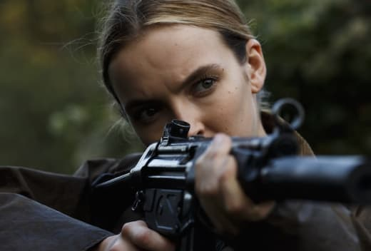 Villanelle Takes Aim