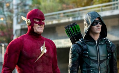 Add Another Flash to the Mix - Arrow Season 7 Episode 9