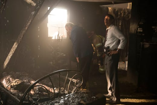 Fire Investigation - Mr. Mercedes Season 1 Episode 9