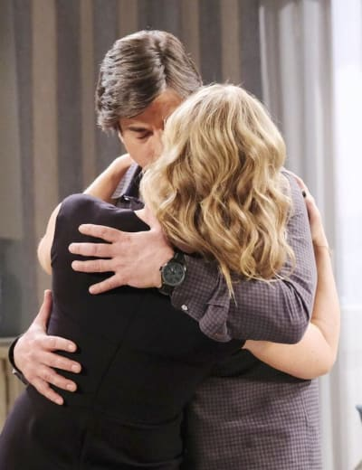 Marlena Catches Lumi / Tall -  Days of Our Lives