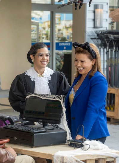 New Boss in Town - Superstore Season 5 Episode 6