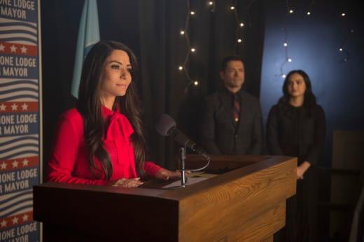 Hermione For Mayor - Riverdale Season 2 Episode 20