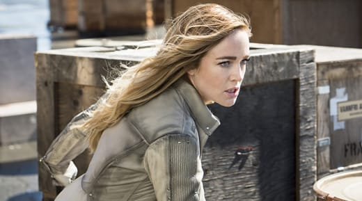 Sara's Sexuality Will Be Re-Explored This Season - DC's Legends of Tomorrow