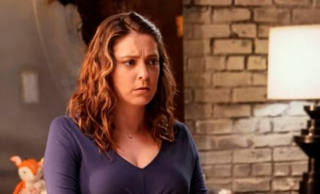 Baby Mama - Crazy Ex-Girlfriend Season 4 Episode 17
