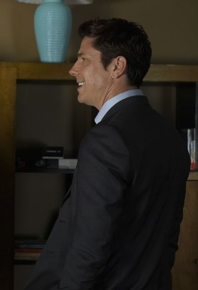 Michael Trucco Guest Stars - The Rookie Season 1 Episode 17