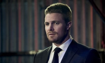 Arrow Photo Preview: Will Oliver's Secret be Exposed?