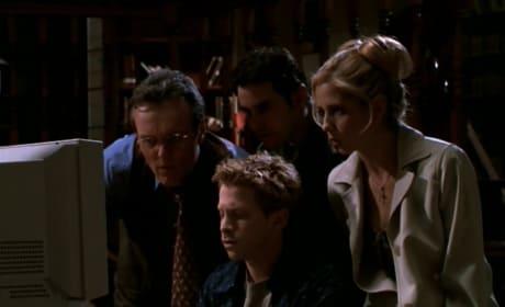 History Files - Buffy the Vampire Slayer Season 3 Episode 11