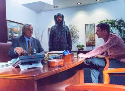 Watch Wilfred Season 4 Episode 4 Online