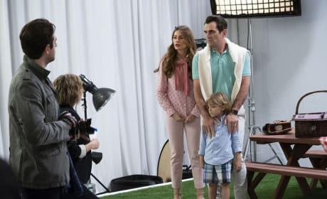 Photo Shoot - Modern Family