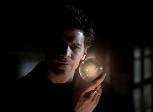 Angel's Cure - Buffy the Vampire Slayer Season 2 Episode 17