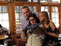 Modern Family Season 8 Episode 11