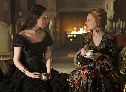 Watch Reign Season 2 Episode 19 Online