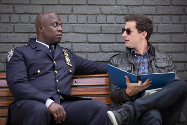 Finding a serial killer brooklyn nine nine
