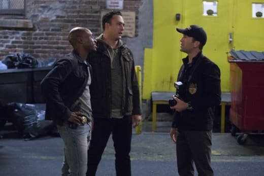 Looking Into the Past - NCIS: New Orleans Season 3 Episode 20