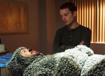 Watch Wilfred Season 3 Episode 1 Online