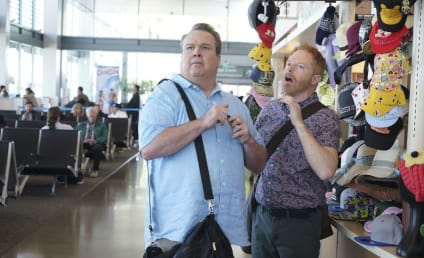 Watch Modern Family Online: Season 8 Episode 17