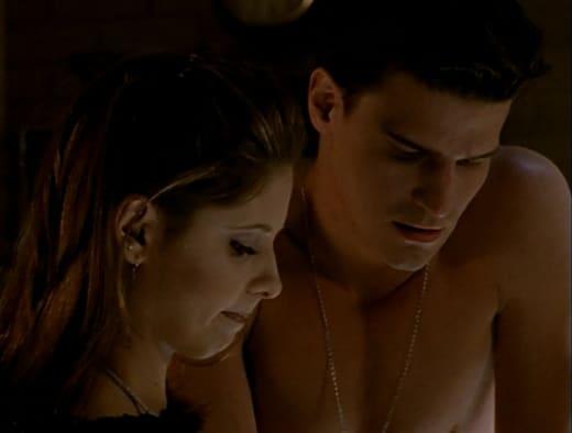 Shirtless Sighting - Buffy the Vampire Slayer Season 1 Episode 7