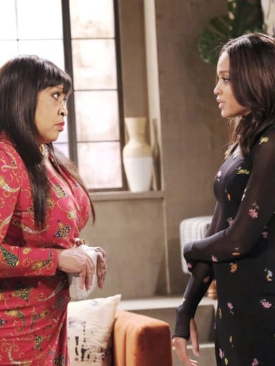 Lani Cuts Paulina Out / Tall - Days of Our Lives