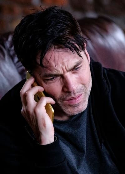 Luke Takes a Call - Surreal Estate Season 1 Episode 1
