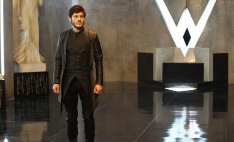 """Marvel's Inhumans: Photos From """"Divide And Conquer"""""""