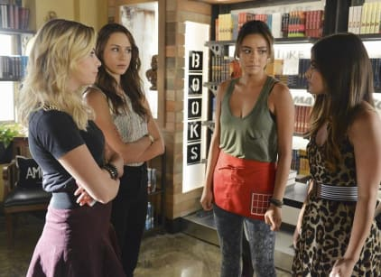 Watch Pretty Little Liars Season 5 Episode 18 Online