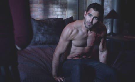 Derek Hale, Shirtless