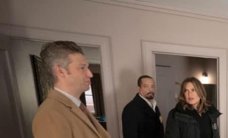 (TALL) A Serial Rapist - Law & Order: SVU Season 20 Episode 12